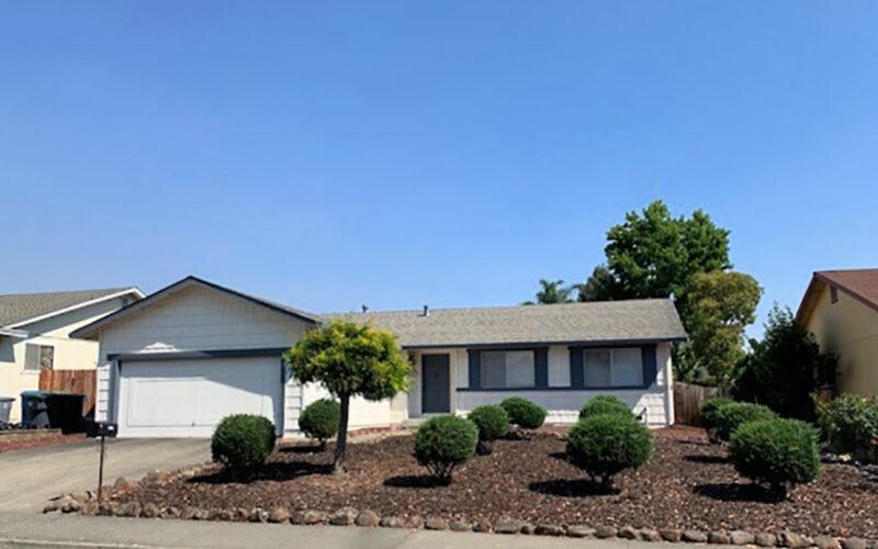 1704 Chehalis Drive, Petaluma