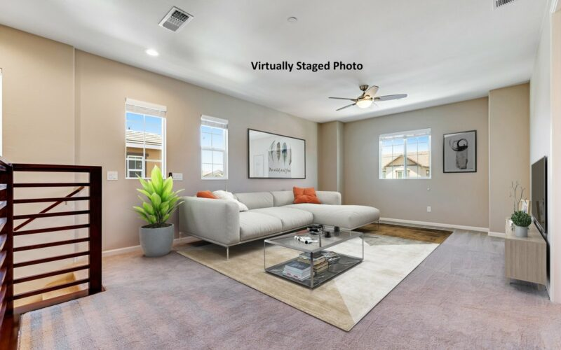045_1533_keats_place_-_family_room_-_labeled